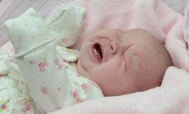 новорожденный с зубками