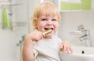 полезные правила чистки детский зубов