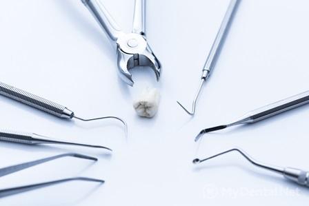 боли при нажатии на зуб